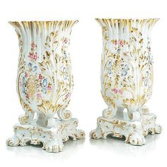 Pair of vases Old Paris