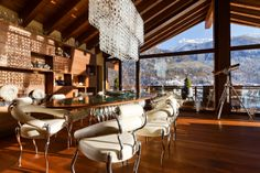 Explore the chalet Zermatt Peak one of the finest ski chalet in Zermatt. Mountain Exposure offers luxury chalets, apartments, hotels in Zermatt, Switzerland. Contact us to experience the ski chalet holidays in Zermatt with us. Chalet Design, Chalet Style, House Design, Chalet Chic, Ski Chalet, Chalet Zermatt, Jacuzzi, Sauna A Vapor, Interior And Exterior