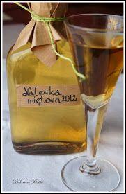 Z głębokim żalem zawiadamiamy, że właśnie wychyliliśmy ostatni kieliszek pysznej i orzeźwiającej nalewki z mięty rocznik 2012 :( Mięt... Flute, Vodka, Champagne, Homemade, Wine, Drinks, Bottle, Tableware, Liqueurs