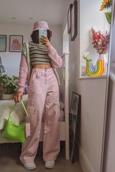 Indie Outfits, Teen Fashion Outfits, Retro Outfits, Trendy Outfits, Vintage Outfits, Girl Outfits, Aesthetic Fashion, Aesthetic Clothes, 90s Aesthetic