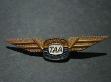 Vintage Trans Australia Airways Junior Flyer Club wing pin badge TAA-10