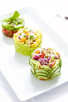 Make These Adorable Mini Salad Cakes for Your Next Potluck! - Mexican-Street-Corn-Salad-cake More - Salad Cake, Good Food, Yummy Food, Cooking Recipes, Healthy Recipes, Vegetarian Mexican Recipes, Mexican Salad Recipes, Mexican Salads, Meal Recipes