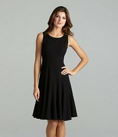 Really like the cut of this dress. It looks like it would be as comfy as it is cute.