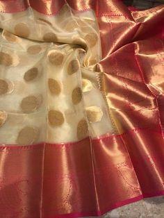 Discover thousands of images about post-full-image Kanchi Organza Sarees, Kanjivaram Sarees Silk, Indian Silk Sarees, Kanchipuram Saree, Cotton Saree Designs, Saree Blouse Neck Designs, Saree Blouse Patterns, Saree Floral, Wedding Silk Saree