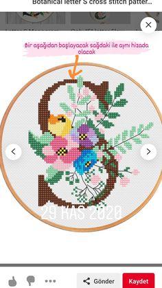 Small Cross Stitch, Cross Stitch Rose, Baby Dress Patterns, Cross Stitch Alphabet, Crossstitch, Kids Rugs, Floral, Crafts, Cross Stitch Embroidery