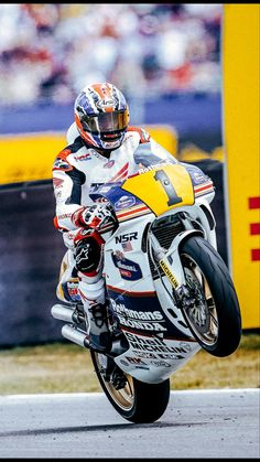Motorcycle Racers, Racing Motorcycles, Ninja Bike, Honda Motorbikes, Honda Bikes, Super Bikes, Isle Of Man, Sidecar, Motocross
