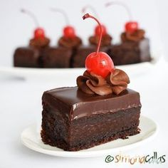 simonacallas - Pagina 4 din 30 - Desserts, sweets and other treats No Cook Desserts, Homemade Desserts, Sweets Recipes, Vegan Desserts, Cake Recipes, Cupcakes, Cake Cookies, Cupcake Cakes, Patisserie Design