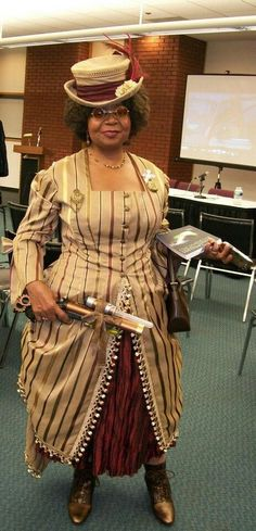 Steampunk with style - Finally a woman who looks fabulous while not going the leather corset route.