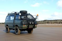 Custom 4WD Mitsubishi Delica Van