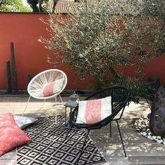 Table basse de jardin d120 en marbre beige ou gris - domino par ...