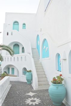 Anastasia Princess Hotel, Santorini, Greece When it came to going away this year, a Greek island was at the top of my list having never visited one before. Santorini House, Santorini Greece Hotels, Santorini Palace, Santorini Villas, Princess Hotel, Casa Retro, Greek House, Belle Villa, Travel Aesthetic