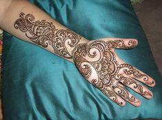 http://tattoo-idea-pictures.com/d/7405-1/henna+tattoo+pics.jpg