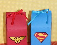 Caixinha Milk - Super Heróis Wonder Woman Party, Brown Paper, Goodie Bags, 2nd Birthday, Monsters, Spiderman, Avengers, Birthdays, Parenting