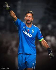 "3,691 mentions J'aime, 1 commentaires - Juventus F.C. (Fanpage)⚪️⚫️® (@insta__juve) sur Instagram: ""⚽️1️⃣ . . . . . . . . . . #gigibuffon #buffon #captain #instajuve #forzajuve #finoallafine…"""