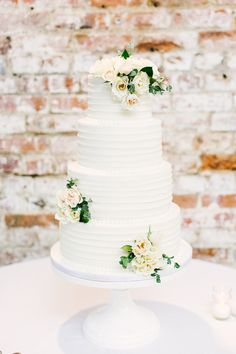 white wedding cake   Melissa DeLorme