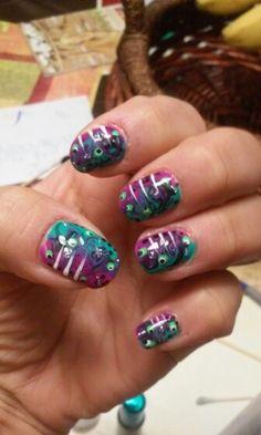 Aquatic nails