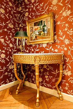 The authentic fourniture are offering a genuine Parisian ambience. One for the discerning traveller.