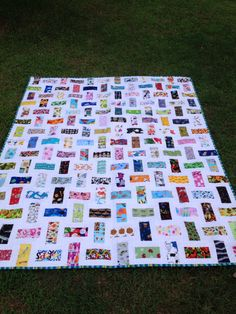 Twin I Spy Quilt by TropicalLuxe on Etsy https://www.etsy.com/listing/195833649/twin-i-spy-quilt