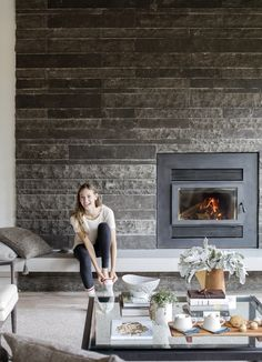 This fireplace in Whistler, B. acts as part of limestone feature wall, which continues outside. Decorating Blogs, Interior Decorating, Interior Design, Sol Sombre, Fireplace Wall, Fireplace Ideas, Fireplace Feature Wall, Stone Feature Wall, Limestone Fireplace