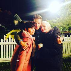 "Jennifer Morrison: ""Day 16: charming family photo. #101smiles #DarkSwans #Uglyducklings #DarkCharming photo by #LanaParrilla"""