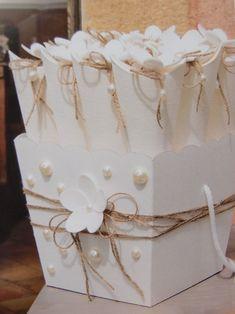 Contenitore portabomboniere per il tuo matrimonio. Acquista online tutto l'occorrente! Ingrosso accessori per bomboniere shopguerrini.com