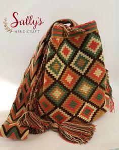 "20 Beğenme, 1 Yorum - Instagram'da กระเป๋าวายูแท้100% Wayúu bag (@sallyshandicraft): ""Wayuu bag high standard quality. 2threads /L standard size. งานไหม2เส้น…"""