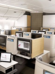 The new cabins on the Boeing planes (Courtesy Priestmangoode) Fly Around The World, Aircraft Interiors, International Airlines, Airline Flights, Boeing 777, Commercial Aircraft, Cabin Design, Business Class, Private Jet