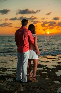 Grand Cayman Sunset Engagement Picture