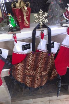 Mommies lil helper cheetah apron