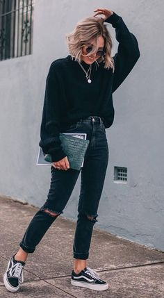 50 Perfect Fall Outfits to Copy Right Now Vol. 50 Perfect Fall Outfits to Copy Right Now Vol. 50 Perfect Fall Outfits to Copy Right Now Vol. 2 / 24 Fall outfits ideas to winter fashion 2019 Mode Outfits, Outfits For Teens, Summer Outfits, Casual Outfits For Winter, All Black Outfit Casual, Black Vans Outfit, Casual Trendy Outfits, Edgy Fall Outfits, Cool Girl Outfits