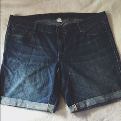 Denim Shorts Wrinkly from storage. Barely worn. Very minimal pilling. Old Navy Shorts