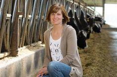 Sarah Kuehnert, RDN, LD, CD: Diary of a Dairy Farming RDN   Food & Nutrition Magazine - JULY/AUG 2014 #nutrition #hero