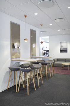Touch Down / informal meeting - E-conomic's office interior design in Copenhagen - by Danielsen Spaceplanning