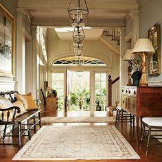 Foyer - Home Bunch – Interior Design Ideas Southern Homes, Southern Style, Southern Charm, Southern Accents, Country Homes, Luxury Interior Design, Home Interior, Contemporary Interior, Style At Home