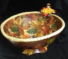 """Gourd Art by Irene Gonzalez, inspired by DVD """"Oak Leaf Gourd with Decoupage Lining"""""""