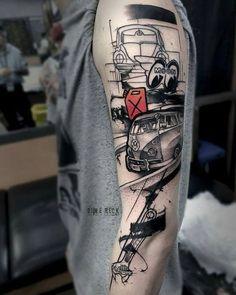 Best Shoulder Tattoos For Men and Women - Shoulder Tattoo Ideas Tattoo Crane, Vw Tattoo, Car Tattoos, Sleeve Tattoos, Tattoos For Guys, Rose Tattoos, Flower Tattoos, Cool Shoulder Tattoos, Mens Shoulder Tattoo
