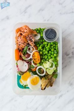 Filozofia Smaku: Make bento, not war Health Lunches, Lunch To Go, Bento Box Lunch, Health Fitness, Food And Drink, Healthy Eating, Healthy Recipes, Vegan, Dinner