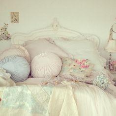 stunning #shabby #bed