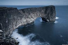 Dyrhólaey / Door Island - Mýrdalur, south coast Iceland (by skarpi)