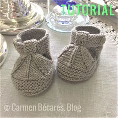 SANDALIAS BEBÉ ( PATUCOS). WOVEN BABY SANDALS (PATTIES) Baby Booties Knitting Pattern, Baby Knitting Patterns, Knitting Socks, Paper Snowflake Patterns, Bebe Baby, Dress Sewing Patterns, Knitting For Kids, Baby Sweaters, Handmade Baby