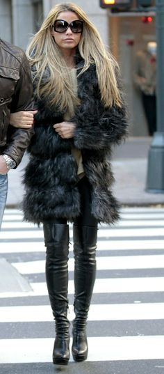 fashion style  thigh high boots and fur <3 Fashion Style