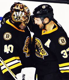 Bergy loves Tuukka... we all love Tuukka!!