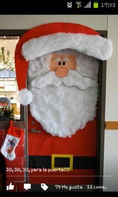 Navidad on pinterest ideas para school decorations and for Puertas decoradas santa claus