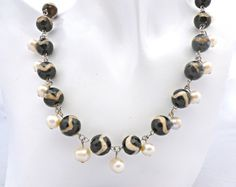 Agate and Pearl Necklace Chain Stripe Necklace Pearl Necklace Charm Necklace Rosary Jewellery Gift 4 Her Bridal Wedding One-of-a-kind Collar