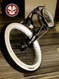 Ammiriamo lo spirito avventuroso e innovativo dei ciclisti e ci ispiriamo a loro!