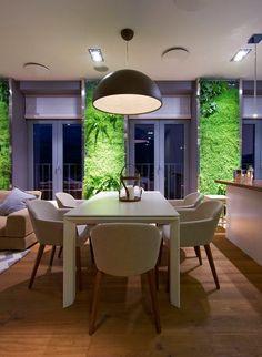 aire ouverte moderne: salle à manger avec murs végétaux