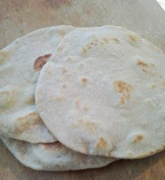 Making your own homemade flour tortillas is surprisingly easy and requires inexpensive ingredients that you probably already have in your pantry! Boiled Egg Diet, Boiled Eggs, Make Your Own Flour, Paleo Recipes, Dinner Recipes, Homemade Flour Tortillas, Cheat Meal, Egg Rolls, Recipes For Beginners