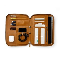 Designed to solve the needs of creative professionals, the Mod Tablet is a magnetic modular leather iPad case for work and travel, a perfect every day carry. All Iphones, Leather Portfolio, Phone Photography, Ipad Mini, Ipad Case, In Ear Headphones, Organization, Macbook Pro, Tablet Phone