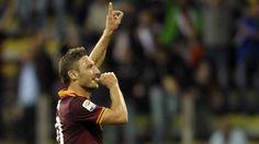 Francesco Totti celebrates his goal for Roma against Parma. Football Celebrations, Espn, Soccer, Totti Roma, Goals, News, Celebrities, Parma, Tattoo