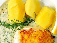 Torsk med dillsås Fish And Seafood, Lchf, Camembert Cheese, Mashed Potatoes, Nom Nom, Food And Drink, Cooking, Breakfast, Ethnic Recipes